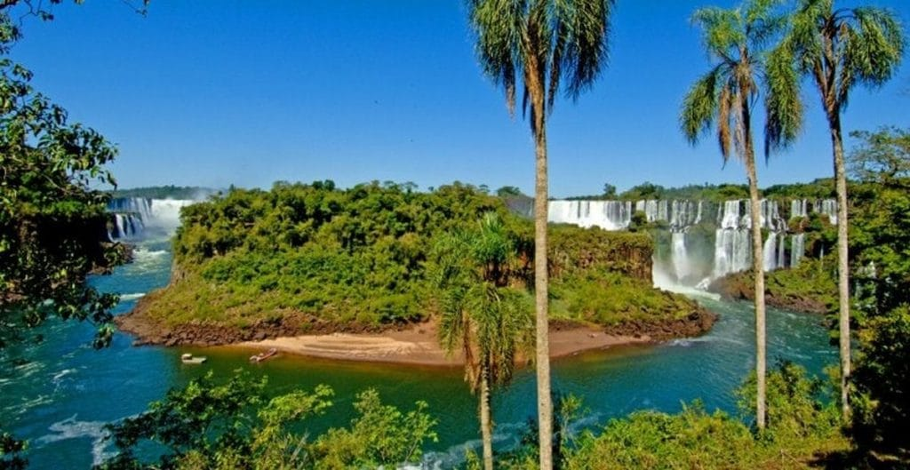 Iguazú Islas San Martín